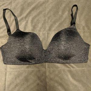 Victoria Secret No Wire Bra